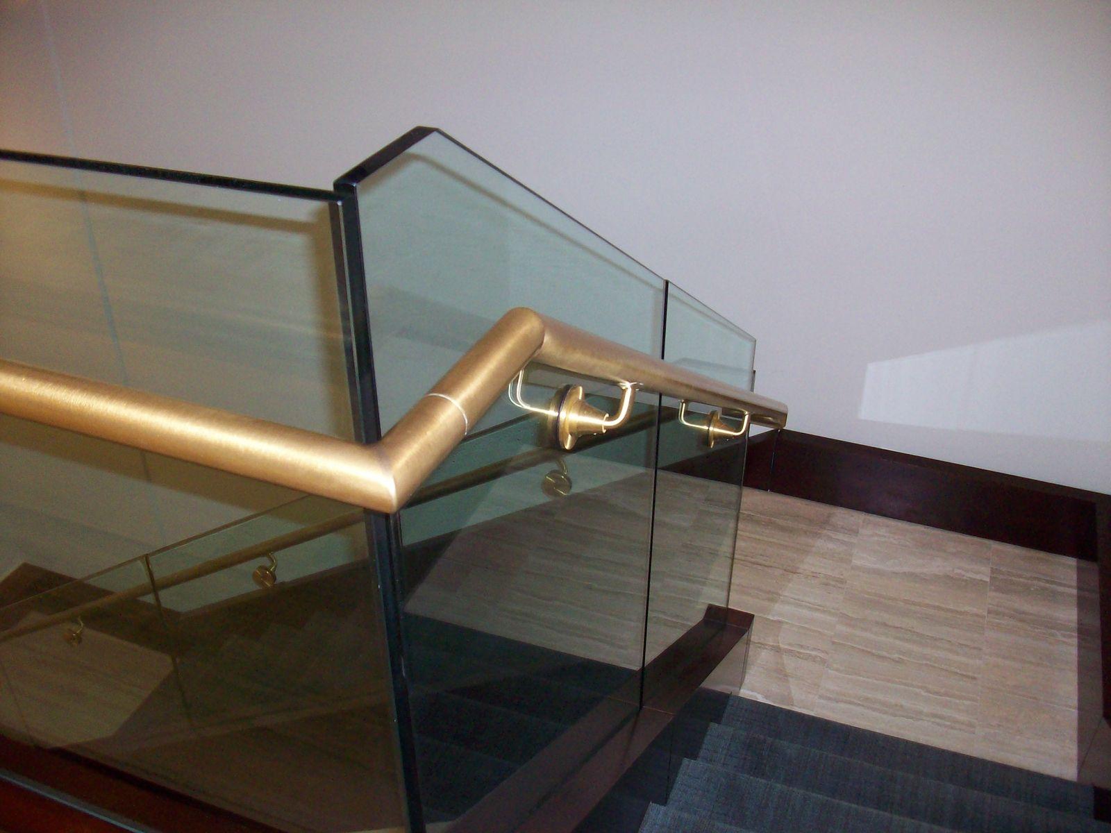 Конструкции с использованием стекла