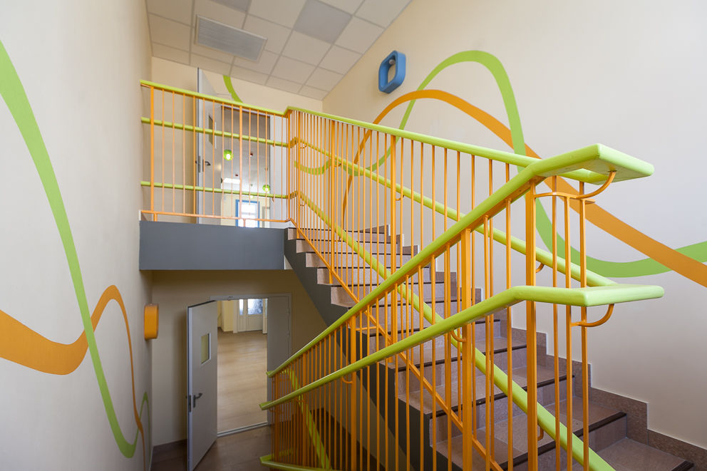 Ограждения лестниц для детского сада